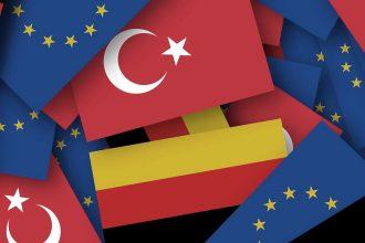 Türkei in Deutschland mit Cavusoglu und Özdemir