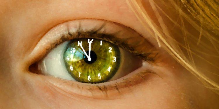 Auge - Frau - Faktum Magazin