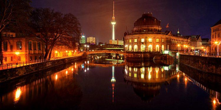 Berlin - Faktum Magazin