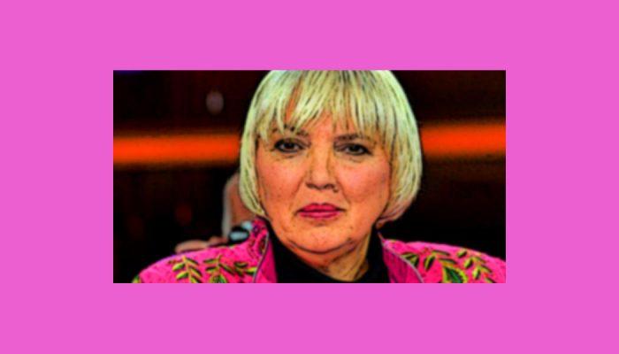 Entzückende Claudia Roth: WM – Keine Selbstbeweihräucherung!