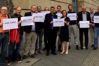 Pressefreiheit: Free Tommy! Freiheit für Tommy Robinson